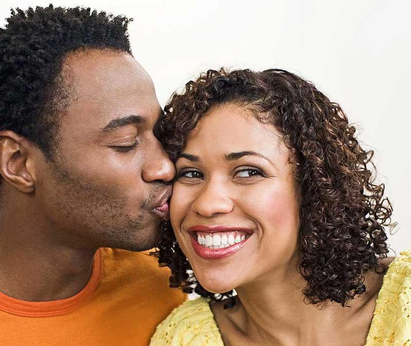 ¡Besame mucho! ¿Qué hay detrás de un beso?